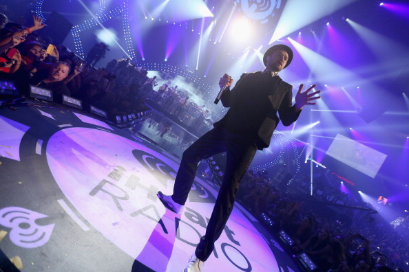LAS VEGAS, NV - SEPTEMBER 21:  Singer/actor Justin Timberlake performs onstage during the iHeartRadio Music Festival at the MGM Grand Garden Arena on September 21, 2013 in Las Vegas, Nevada.  (Photo by Christopher Polk/Getty Images for Clear Channel)