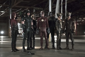 "Arrow -- ""Legends of Yesterday"" -- Image AR408B_0379b.jpg -- Pictured (L-R): Willa Holland as Speedy, Stephen Amell as The Arrow, Katie Cassidy as Black Canary, Grant Gustin as The Flash, David Ramsey as John Diggle, Ciara Renee as Hawkgirl and Falk Hentschel as Hawkman -- Photo: Katie Yu/ The CW -- © 2015 The CW Network, LLC. All Rights Reserved."