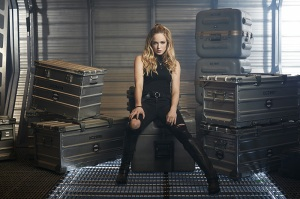DC's Legends Of Tomorrow -- Image Number: LGN01_CaityB_2491.jpg -- Pictured: Caity Lotz as Sara/White Canary -- Photo: Brendan Meadows/The CW -- © 2015 The CW Network, LLC. All rights reserved.