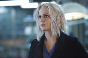 """iZombie -- """"Physician, Heal Thy Selfie"""" -- Image Number: ZMB212a_079.jpg -- Pictured: Rose McIver as Liv -- Photo: Bettina Strauss/The CW -- © 2016 The CW Network, LLC. All rights reserved."""