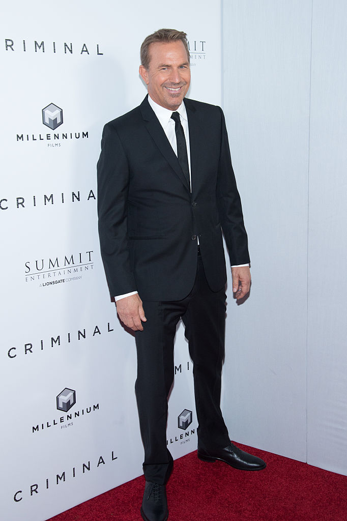 kevin costner, criminal new york premiere, celebrity styles