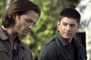 """Supernatural -- """"Thin Lizzie"""" -- Image SN1105a_0083 -- Pictured (L-R): Jared Padalecki as Sam and Jensen Ackles as Dean -- Photo: Katie Yu/The CW -- © 2015 The CW Network, LLC. All Rights Reserved."""
