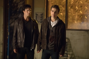 """The Vampire Diaries -- """"Detoured on Some Random Backwoods Path to Hell"""" --Image Number: VD806B_0262.jpg -- Pictured (L-R): Ian Somerhalder as Damon and Paul Wesley as Stefan -- Photo: Bob Mahoney/The CW -- © 2016 The CW Network, LLC. All rights reserved."""